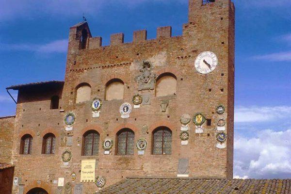 Certaldo_palazzo_pretorio